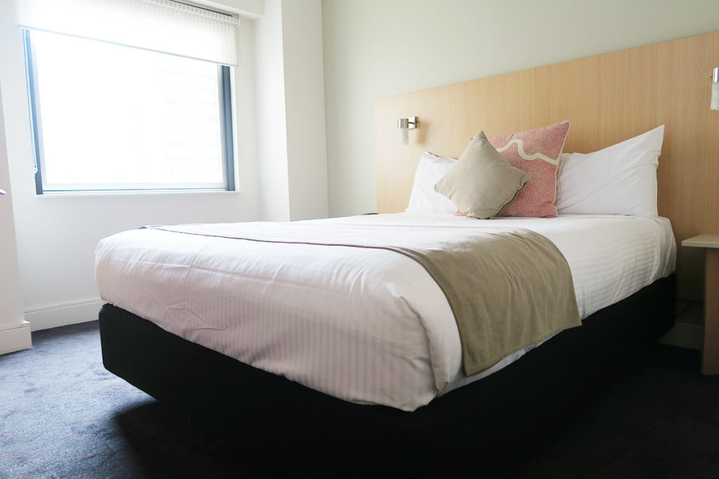 hotel bed, ibis sydney, accommodation