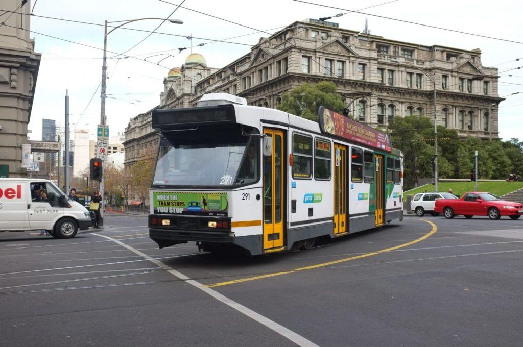 melbourne tram, public transport