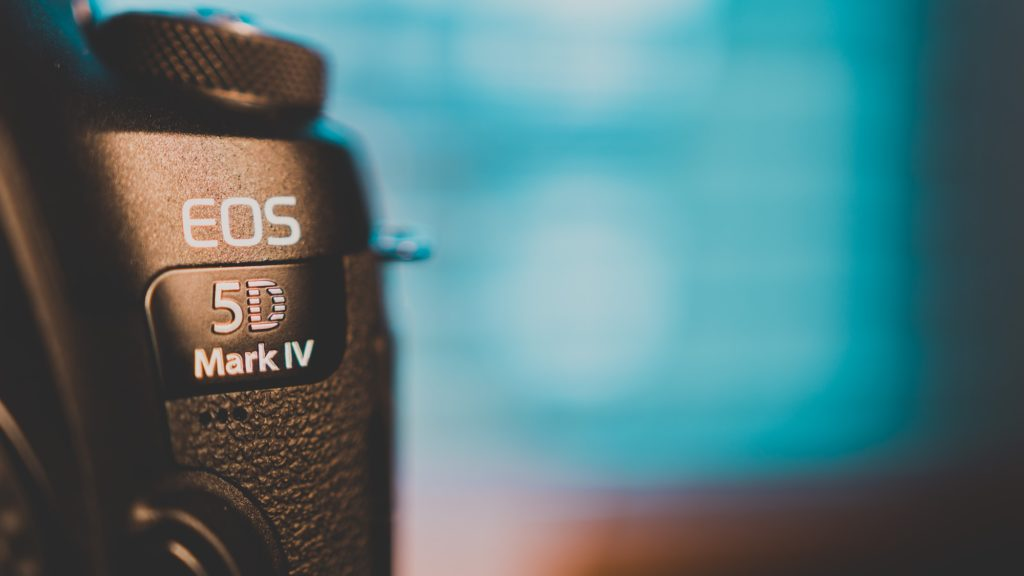 canon 5d mark iv camera